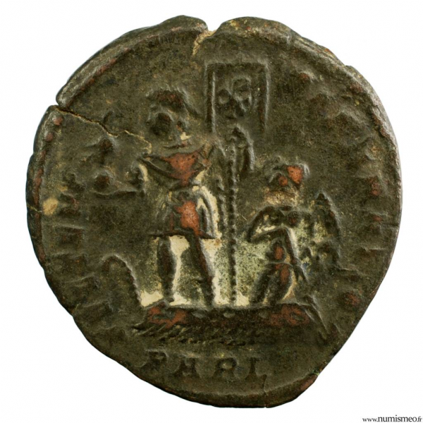 Constance II Maiorina frappé à Arles