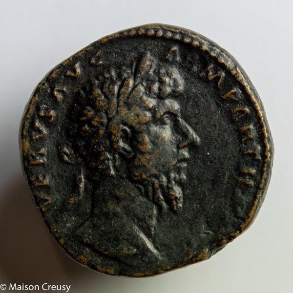 Lucius Verus sesterce frappé en 166